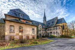 15 St. Josefsheim